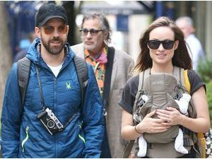 Photos : Olivia Wilde : une maman poule radieuse auprès de ses deux hommes !
