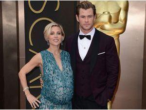 Photos : Oscars 2014 : Elsa Pataky : une future maman très épanouie au bras de son chéri Chris Hemsworth !