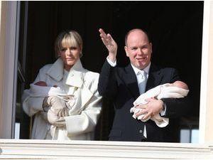 Présentation officielle de Jacques et Gabriella : du classique et de la ferveur pour cette première rencontre avec les Monégasques !