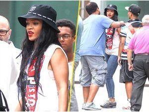 Photos : Rihanna : câline avec ses fans... La preuve en images !