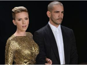 Photos : Scarlett Johansson : apparition exceptionnelle et divine avec son mari Romain Dauriac !