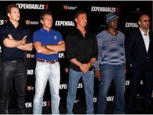 Sylvester Stallone, Jason Statham, Kellan Lutz : tous à Paris pour présenter le film Expendables 3 !