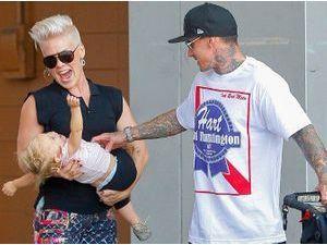 Pink : la chanteuse serait enceinte de son deuxième enfant !