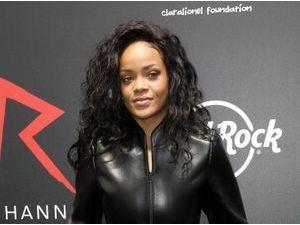 Rihanna : sa nouvelle cible ? Un joueur de football ghanéen ultra maqué !