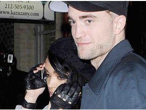 Robert Pattinson : il est prêt à demander FKA Twigs en mariage !