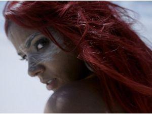 Shy'm : une amazone sensuelle dans le teaser de son clip La Malice !