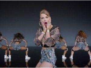 Taylor Swift : découvrez son nouveau clip Shake It Off !