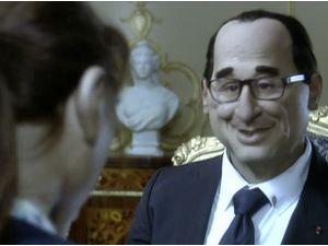 """Vidéo : François Hollande : il se la joue Christian Grey dans """"Cinquante Nuances de Gras"""" !"""