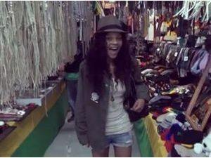 Vidéo : Louisy Joseph : suivez-là à la découverte de Los Angeles dans son nouveau clip !