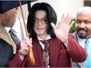 Michael Jackson : un implant secret pour l'empêcher de se droguer ?