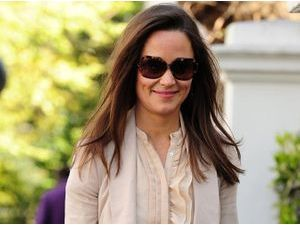 Photos : Pippa Middleton : bien contente que toute l'attention se porte sur sa sœur…