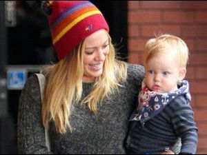 Photos : Luca le fils d'Hilary Duff : un super look !