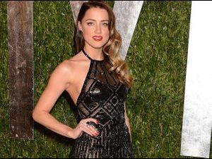 Photos : Oscars 2013 : Amber Heard : normal qu'elle ait brisé le cœur de Johnny Depp !