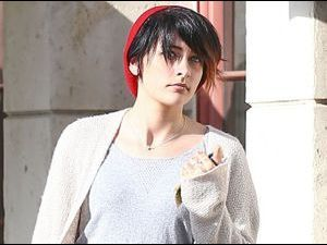 Photos : Paris Jackson : jolie preppy girl, elle impose peu à peu son nouveau style !