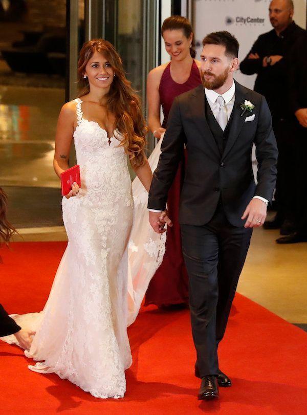 Lionel Messi  Son incroyable mariage avec la belle Antonella Roccuzzo !