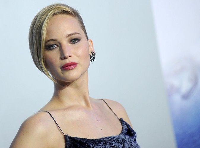 Jennifer Lawrence : humiliée après un lourd piratage... Plusieurs clichés d'elle dénudée circulent sur la toile !