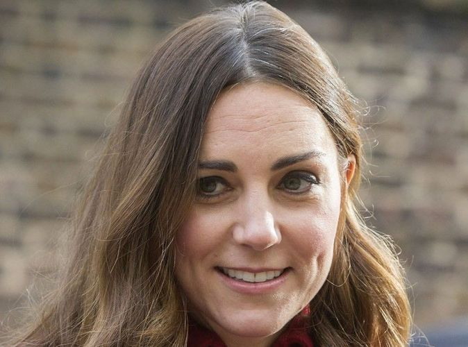 """Kate Middleton et ses cheveux gris : """"Un pur désastre"""" !"""