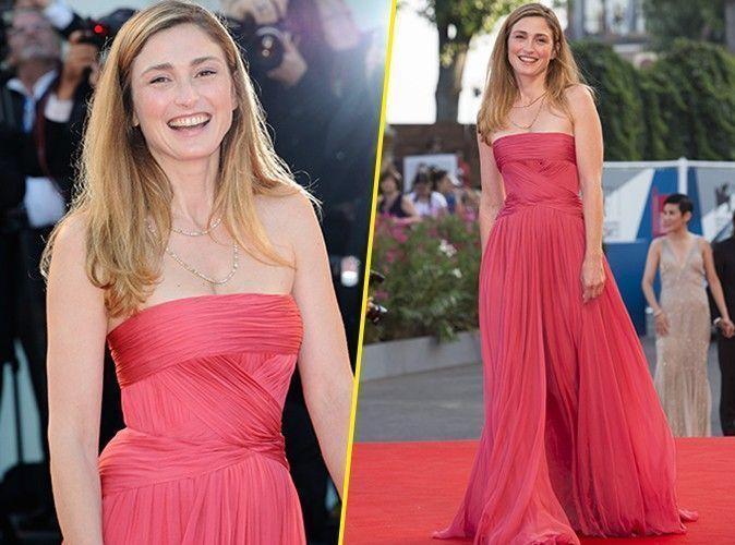 Photos : Julie Gayet : elle voit la vie en rose à la cérémonie d'ouverture de la Mostra de Venise !