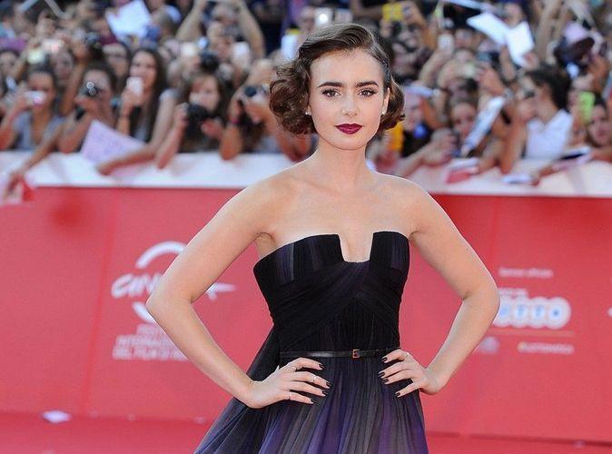 Lily Collins : apparition réussie sur le tapis rouge du Festival du Film de Rome !