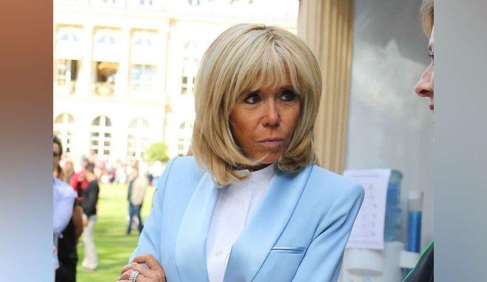 Cyril Hanouna obligé de s'excuser après une mauvaise blague sur Brigitte Macron...