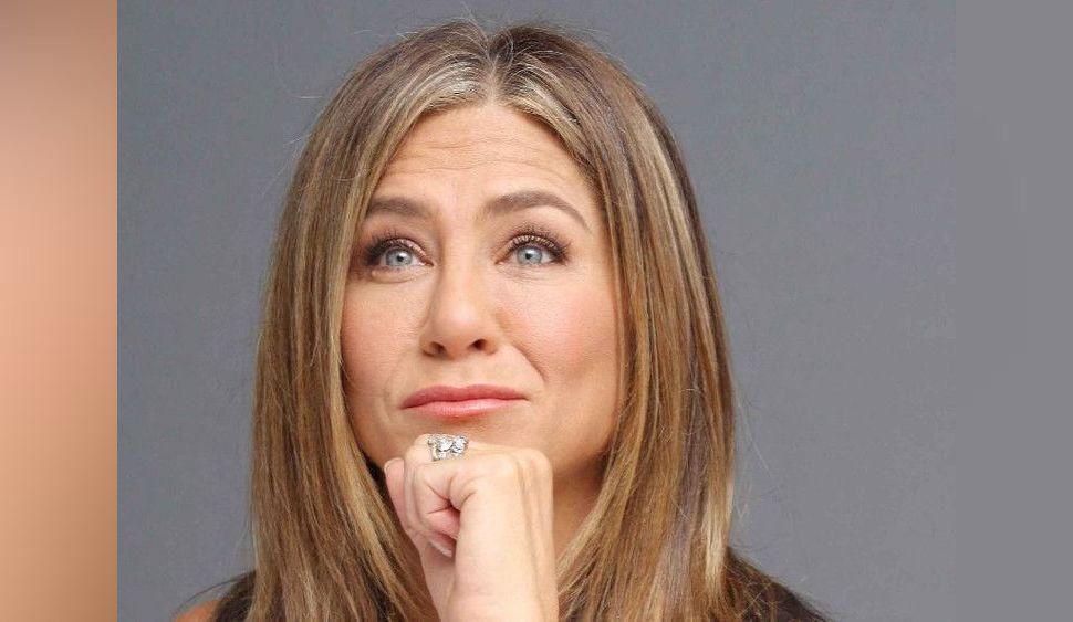 Jennifer Aniston : elle dénonce avec humour les retouches photos !