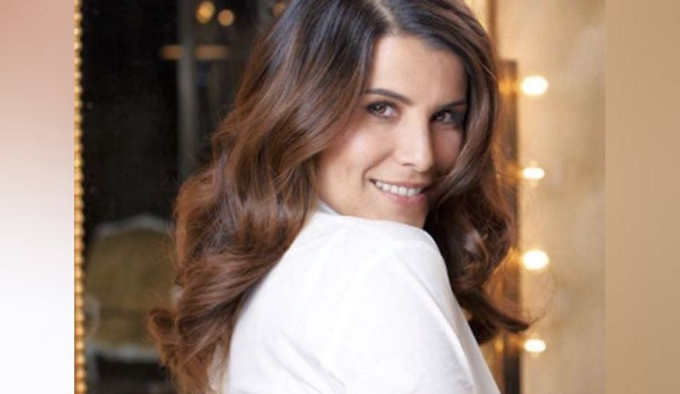Karine Ferri : découvrez le parfum à moins de 35€ qu'elle porte depuis plus de 20 ans !
