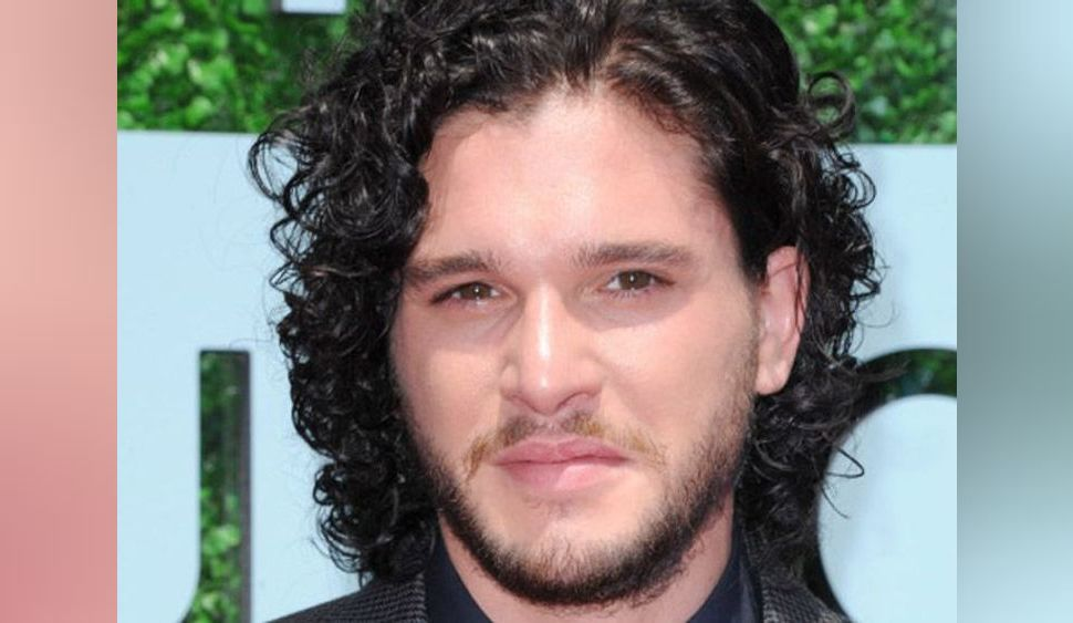 Photos : Kit Harington : 5 choses à savoir sur celui qui joue Jon Snow, le beau gosse de Game of Thrones !