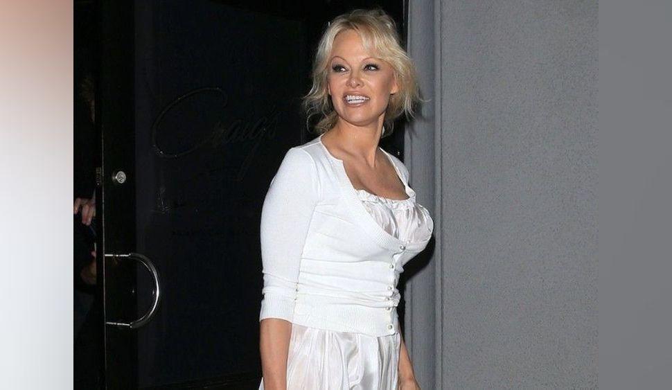Pamela Anderson : Ce qu'Adil Rami, joueur de l'équipe de France, ne lui pardonnera jamais !