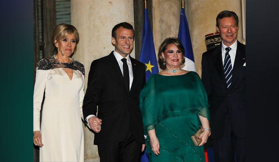 Photos : Brigitte Macron ose le décolleté plongeant !