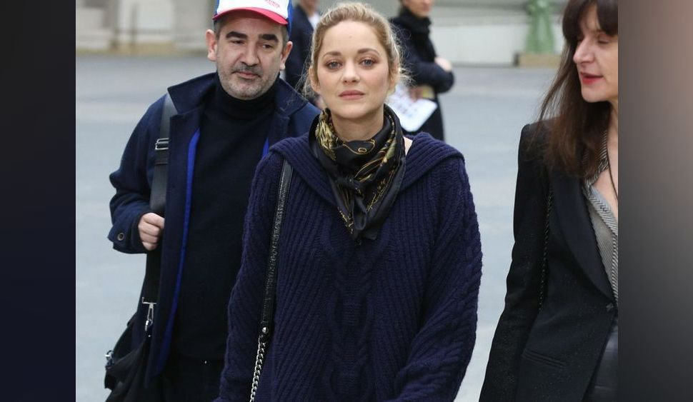 Photos : Marion Cotillard : Invitée surprise du défilé Chanel