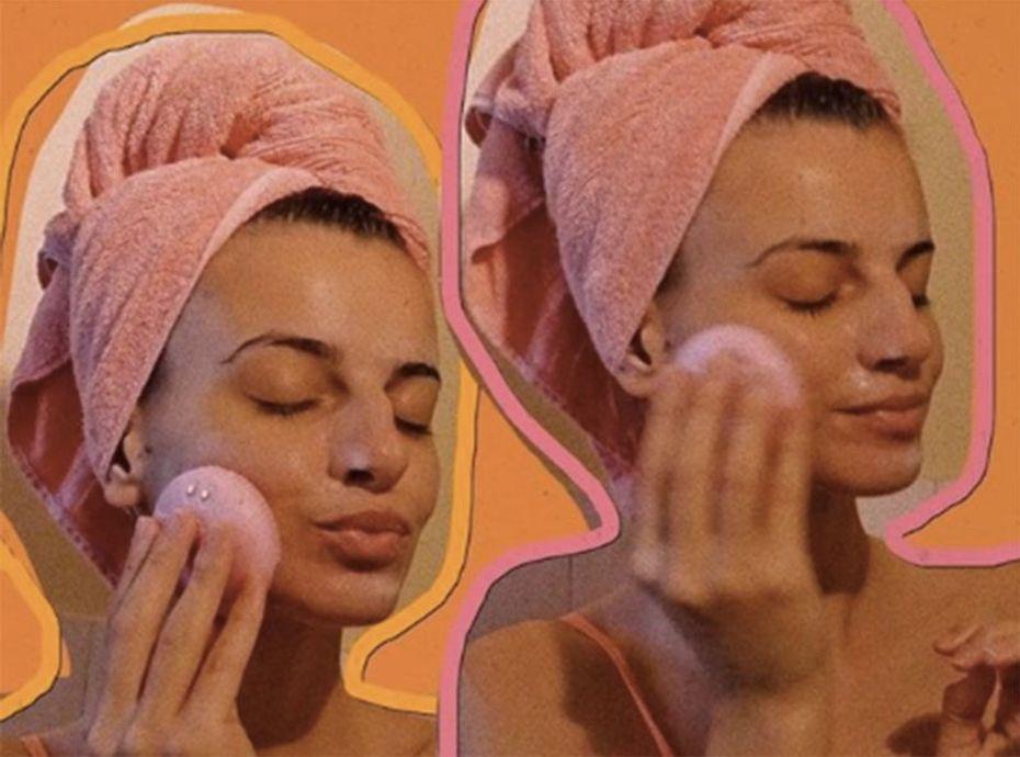 Diagnostic de peau + nettoyage en profondeur : découvrez la brosse nettoyante vibrante dont tout le monde parle